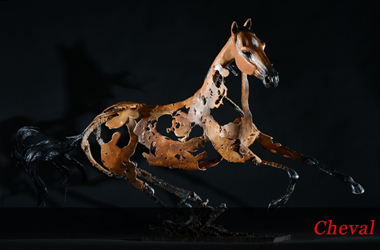 Visitez la galerie des sculptures de chevaux de Thierry Chollat