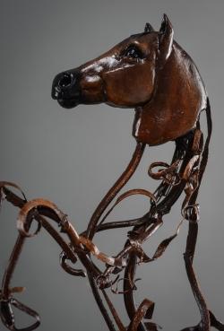 Cheval cabré portrait - Fer et papier mâché ©Thierry Chollat