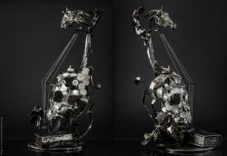 Mélodique ancolie - Violon en fer, étain, cadrans émaillés - L30xh59xl33cm - ©Thierry Chollat